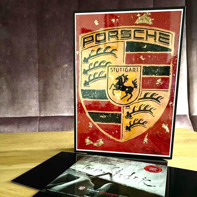Tanja Stadnic Porsche crest painting